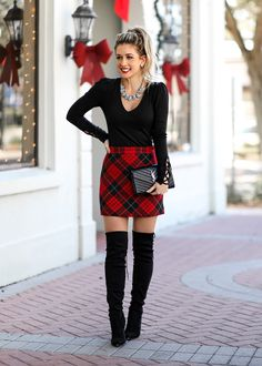 holiday outfits Stunning Plaid Skirt Outfit Id - holiday Christmas Fashion Outfits, Cute Christmas Outfits, Holiday Outfits, Christmas Outfit Women, Classy Christmas, Red Christmas Dress, Fall Family Photo Outfits, Winter Mode Outfits, Winter Outfits