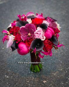 Wedding Stuff, Bride, Plants, Wedding Bouquets, Wedding Bride, Bridal, Plant, The Bride, Planets