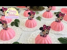 Como hacer gelatinas de Minnie Mouse individuales - YouTube Minnie Mouse Birthday Decorations, Minnie Mouse Birthday Outfit, Minnie Mouse Birthday Invitations, Christmas Decorations, Minnie Mouse Rosa, Minnie Mouse Baby Shower, Minnie Mouse Cake, Gold Birthday Party, 2nd Birthday Parties