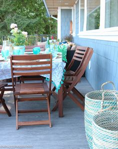 Beachy Boho Outdoor Dining Room {Deck Reveal Part Two!} - The Happy Housie