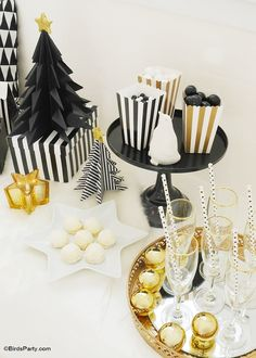 Black & Gold, Geometric Christmas Holidays Tablescape - BirdsParty.com