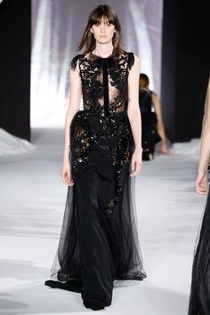 Valentin Yudashkin Fall 2016 Ready-to-Wear Collection Photos - Vogue