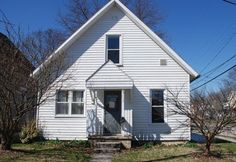 233 N Court St, Marysville, OH 43040. 4 bed, 1 bath, $109,900. **Open Sun 3/19 2-4P...