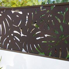 Sanctum design gallery showcases fresh ideas in feature screens & gates Front Gate Design, Main Gate Design, Fence Design, Door Design, Outdoor Fencing, Garden Fencing, Fence Screening, Grades, Front Gates