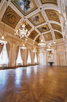 Can my house have a ballroom? Baroque Architecture, Interior Architecture, Interior And Exterior, Interior Design, Palais Brogniart, Beautiful Buildings, Beautiful Places, Future House, My House