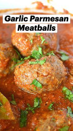 Meatball Recipes, Beef Recipes, Cooking Recipes, Lunch Recipes, Dinner Recipes, Mince Dishes, Parmesan Meatballs, Italian Recipes, Dumplings