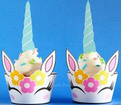 ^-^ INSTANT DOWNLOAD ^-^  Unicorn Cupcake wrappers. Great for Unicorn Party, Unicorn sweet table or Unicorn decoration.  You get: Unicorn cupcake wrappers, 2 wrappers on 1 pdf printable (A4), 1 design.  Great for a Unicorn party! Print as many as you like! You will receive 1