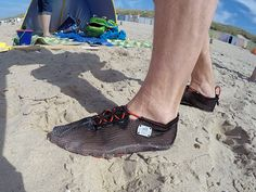Here's a close up of Ben and his ULTRA X-Color at the beach. Great pict! Thanks a lot! #paleos #chainmailshoes #barefoot #naturalrunning #barefootshoe #hiking #wading #watersports #running #trail #trailrunning #outdoor #outdoorgear #footprotection #health #lifestyle #recreation #relaxation #design #vegan