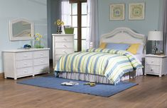 A Nice Bedroom Set of White Wicker! #white #wicker #bedroom pinned by www.wickerparadise.com