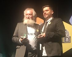 José Luiz Goldfarb recebe seu primeiro Prêmio Jabuti