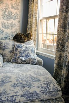 The chaise makes a perfect place to sit and relax (and look out the window) - From Beige to Toile - A Builder Grade Bedroom Makeover | www.fromh2h.com