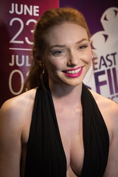 Eleanor Tomlinson: Love the color of Red Girl Celebrities, Hottest Female Celebrities, Beautiful Celebrities, Beautiful Actresses, Gorgeous Women, Beautiful Red Hair, Beautiful Redhead, Eleanor Tomlinson Poldark, Elenor Tomlinson