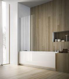 Elegantes Bad mit Badewanne und Duschwand aus Glas