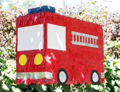 Firefighter Birthday Party, lots of cute ideas including this rad DIY piñata! Third Birthday, 4th Birthday Parties, Birthday Fun, Birthday Ideas, Fireman Party, Firefighter Birthday, Fireman Sam, Backyard Birthday, Party Ideas