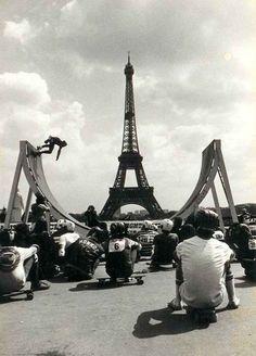 Post with 603 views. Skateboarding in the shadow of the Eiffel Tower, Paris 1976 Tour Eiffel, Paris 3, Paris Nice, Paris France, Skate Girl, Arte Obscura, Longboarding, Snowboards, Skateboarding