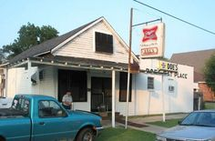 The one and only ORIGINAL Doe's. Greenville, MS