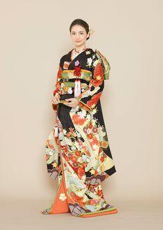 着物 | Kimono | オーセンティック銀座 - ウェディングドレスレンタル Ethnic Fashion, Kimono Fashion, Womens Fashion, Kimono Japan, Wedding Kimono, Traditional Fashion, Japanese Outfits, Kimono Dress, Stage Outfits