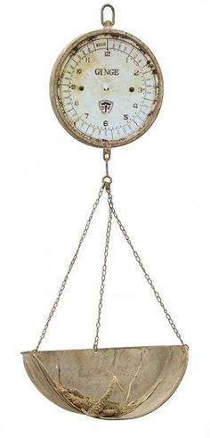 DETAILS This scale clock lend lend a vintage touch to any decor. It can be placed in any residential or commercial setting to adds to its charm Product: Scal