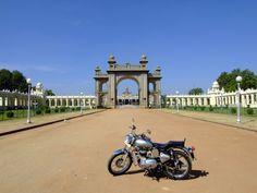 Mysore palace & Kota's bike