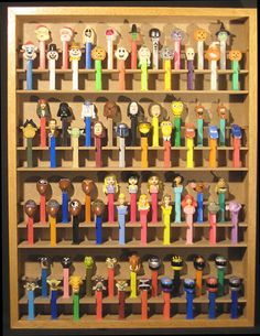 """Black or White 24/"""" Wide Pez Display Shelf for Pez Dispensers Size Options"""