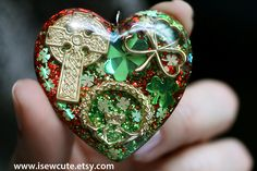 Your place to buy and sell all things handmade Erin Go Bragh, Love Sparkle, Jewelry For Her, Green Glitter, Green Necklace, Resin Pendant, Spring Green, Ball Chain, Heart Shapes