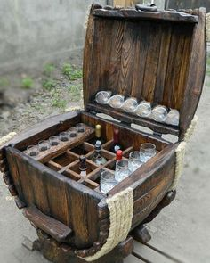 Bar Barrel Source by klausmarkl[Video] The Best Home Decor (in the World). Unique Furniture, Shabby Chic Furniture, Diy Furniture, Barrel Projects, Wood Projects, Man Cave Crafts, Wine Barrel Crafts, Whiskey Barrel Furniture, Barrel Bar