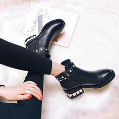 Fashion Women Wholesale Flat Heel Style Winter Warm Leather Ankle Walking Boots Shoes 2017