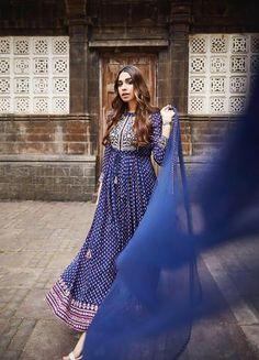 Kurta Lehenga, Kurta Skirt, Silk Anarkali Suits, Ethnic Dress, Indian Ethnic Wear, Indian Outfits, Indian Fashion, Casual Dresses, Long Dresses