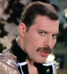 Queen to release unheard tracks of Freddie Mercury by end of year