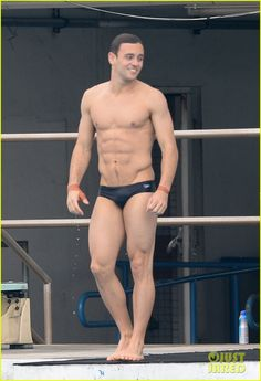 Tom Daley Bares His Crazy Abs During Diving Practice: Photo #3485349. Tom Daley shows off his ripped physique while going shirtless and wearing only a speedo during diving practice on Friday (October 16) in Ft. Lauderdale, Fla.   …