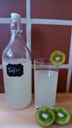Love soda pop but need a tasty and healthy alternative? Try water kefir out for size. This fizzy drink can be tangy or sweet but always delicious.