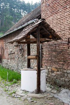 Saschiz - Why Prince Charles is in love with Transylvania Native Country, Wishing Well, Bulgaria, Homeland, Country Living, My House, The Good Place, Gazebo, Medieval