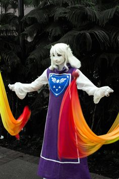 Undertale – [Cosplay] Toriel prepares a magical attack (by Arorea) via… Toriel Cosplay, Cosplay Anime, Cute Cosplay, Amazing Cosplay, Cosplay Outfits, Best Cosplay, Cosplay Costumes, Cosplay Ideas, Costume Ideas