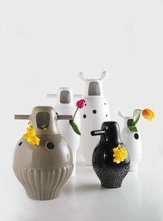 Oh, how I love thee.     Showtime Vases by Jaime Hayon.