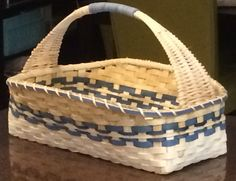 I've wanted to incorporate this handle into one of my baskets for a long time. I finally did it!