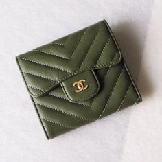 Chanel A82288-16 Classic Small Pocket Flap Wallet