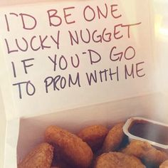 Proposal Ideas friends To be honest, if one of my guy friends asked me to prom and brought me chicken n. To be honest, if one of my guy friends asked me to prom and brought me chicken nuggets, his chances would be significantly higher Girl Ask Guy, Girls Ask, My Guy, Cute Homecoming Proposals, Formal Proposals, Homecoming Ideas, Homecoming Dresses, Homecoming Posters, Homecoming Signs