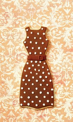 Spotty Dress cookie - For all your cake decorating supplies, please visit craftcompany.co.uk