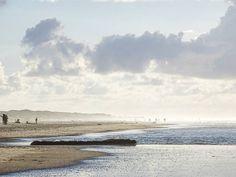 Wenn heute schon #myvacationwednesday ist ... Erst eine Woche zurück und jetzt schon wieder großes #meerweh #juistweh und #strandweh........ Hach! . Wer macht noch mit beim frisch geschlüpften #myvacationwednesday? Das Warum steht unter dem letzten Bild  . #juliamammiladeaufjuist #juist #juisthappy #juist2016 #juistcantgetenough #juistspam #beach #beachlife #strand #lifeisbetteratthebeach #meer #sea #sky #skylove #sky_perfection #nature #finditliveit #nature_perfection #thatsdarling…