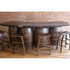 Wine Pub Bar is wine furniture made from 4 half oak wine barrels with a curved metal top and footrail. Whiskey Barrel Bar, Wine Barrels, Bourbon Bar, Table Baril, Bares Y Pubs, Bar A Vin, Diy Home Bar, Wine Barrel Furniture, Barrel Table