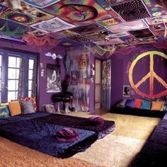 Peace✌️ I really really love this room! If I had time my room would be like this!!!