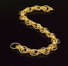 Intermediate Staggered Byzantine Bracelet Kit or Ready Made - Unique Chainmaille Style in 14kt Yellow Gold Filled or 14kt Rose Gold Filled