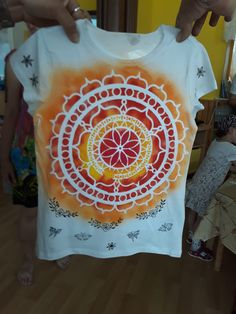 Trička se opravdu povedla Kreativní textilní tvoření se SEVT v MŠ a ZŠ Dolany.