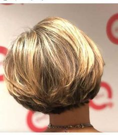 Inverted Bob hairstyles for fine hair that make you younger - Top Trends Short Bobs Haircuts Look Sexy and Charming! Inverted Bob Hairstyles, Bob Hairstyles For Fine Hair, Short Bob Haircuts, Short Hairstyles For Women, Hairstyles Haircuts, Haircut Bob, Bob Short, Graduated Bob Haircuts, Hair Short Bobs