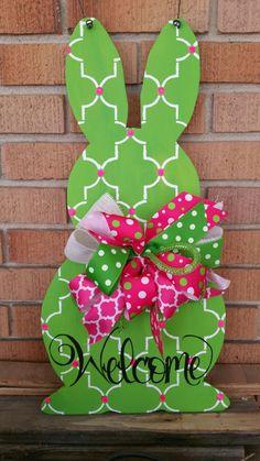 Handpainted green quatrefoil easter bunny door hanger
