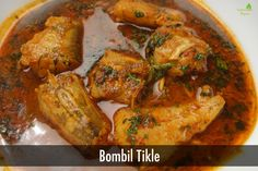 Bombil Tikle Curry Recipes, Fish Recipes, Indian Food Recipes, Fish Curry, Indian Snacks, Fried Fish, Indian Dishes, Spanish Food, Sanjeev Kapoor