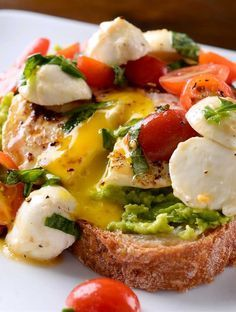 Caprese Avocado Breakfast Toast Although just a pic, made version last weekend to much praise  - Collecting up my prior pins here for re-casting on new boards.