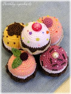My knitted cupcakes