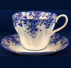"Royal Albert ""Dainty Blue"""