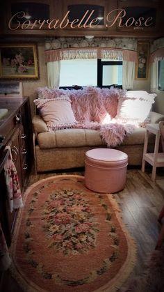 insane vintage rv decoration ideas – nancey news Living Vintage, Vintage Rv, Vintage Campers, Vintage Caravans, Shabby Chic Campers, Trailer Decor, Travel Trailer Remodel, Camper Makeover, Camper Interior